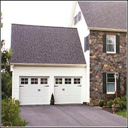 General Door's Advantage Carriage House